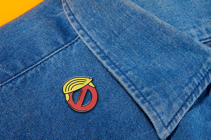 pins-anti-trump-4