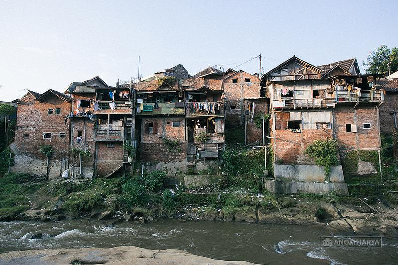 Ce bidonville aux Philippines est rénové en couleurs : le résultat est lumineux