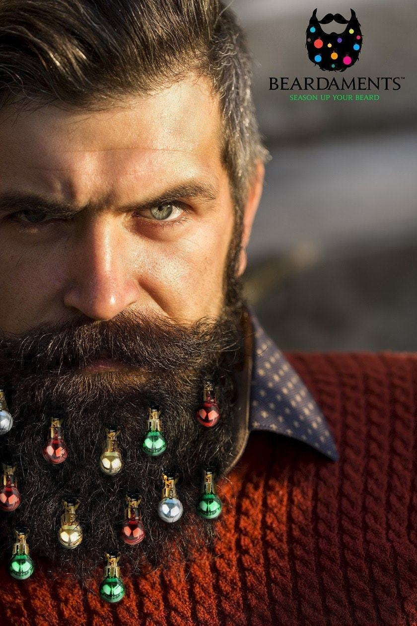 ce kit permet aux hommes de transformer leur barbe en sapin de no l. Black Bedroom Furniture Sets. Home Design Ideas