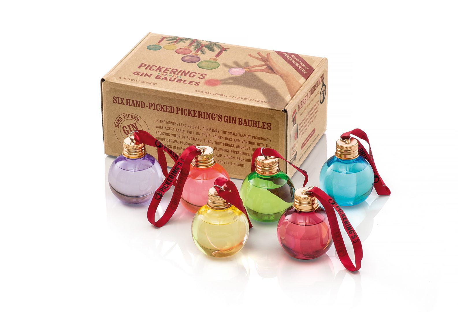 Pickering's gin transforme les boules de Noël en mini-shot