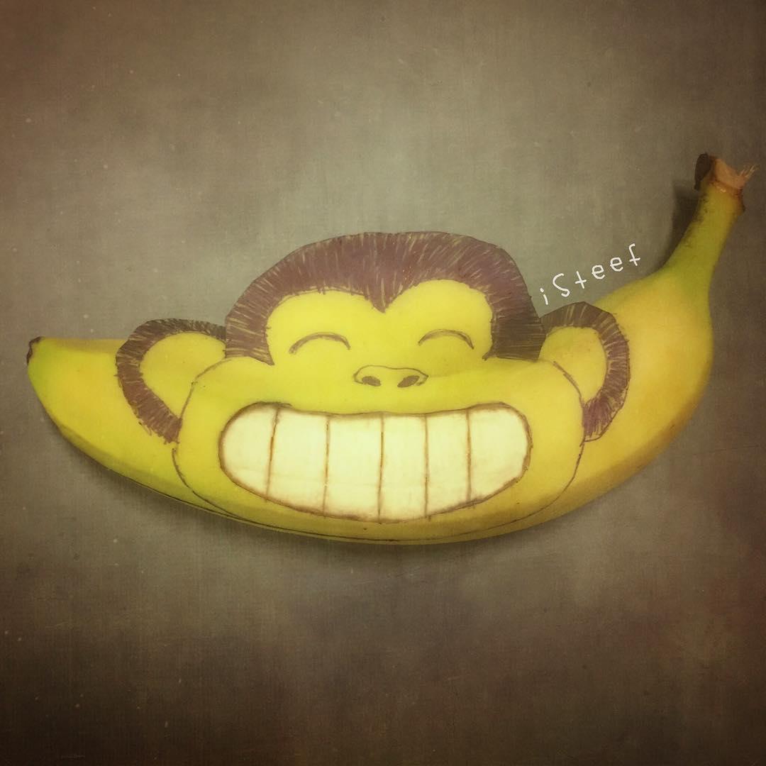 Stephan Brusche sculpte des bananes pour un résultat surprenant de créativité