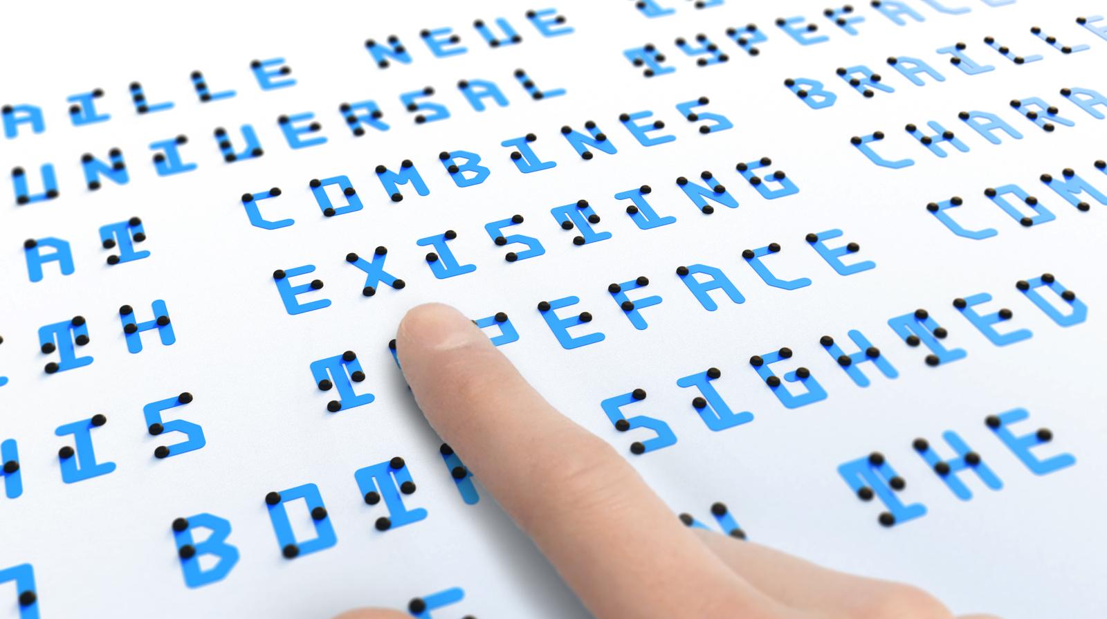 Ce designer a créé une police qui combine braille et écriture traditionnelle