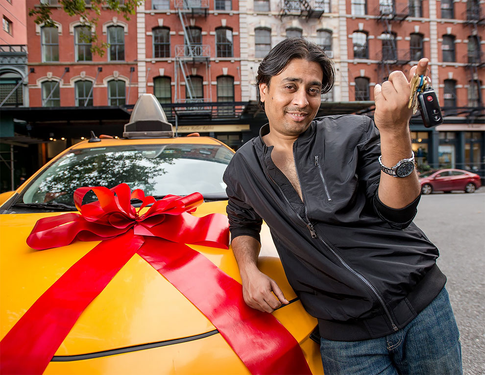 New York taxi drivers unveil their 2019 calendar ... and it's totally crazy