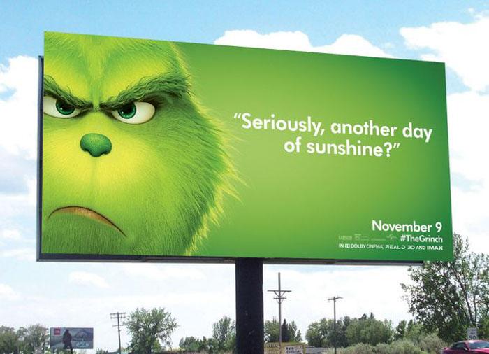 """Une campagne d'affichage géniale et grincheuse hacke le quotidien des américains pour le film """"Le Grinch"""" Par Thomas R.                Campagne-publicitaire-grinch-affichage-13"""