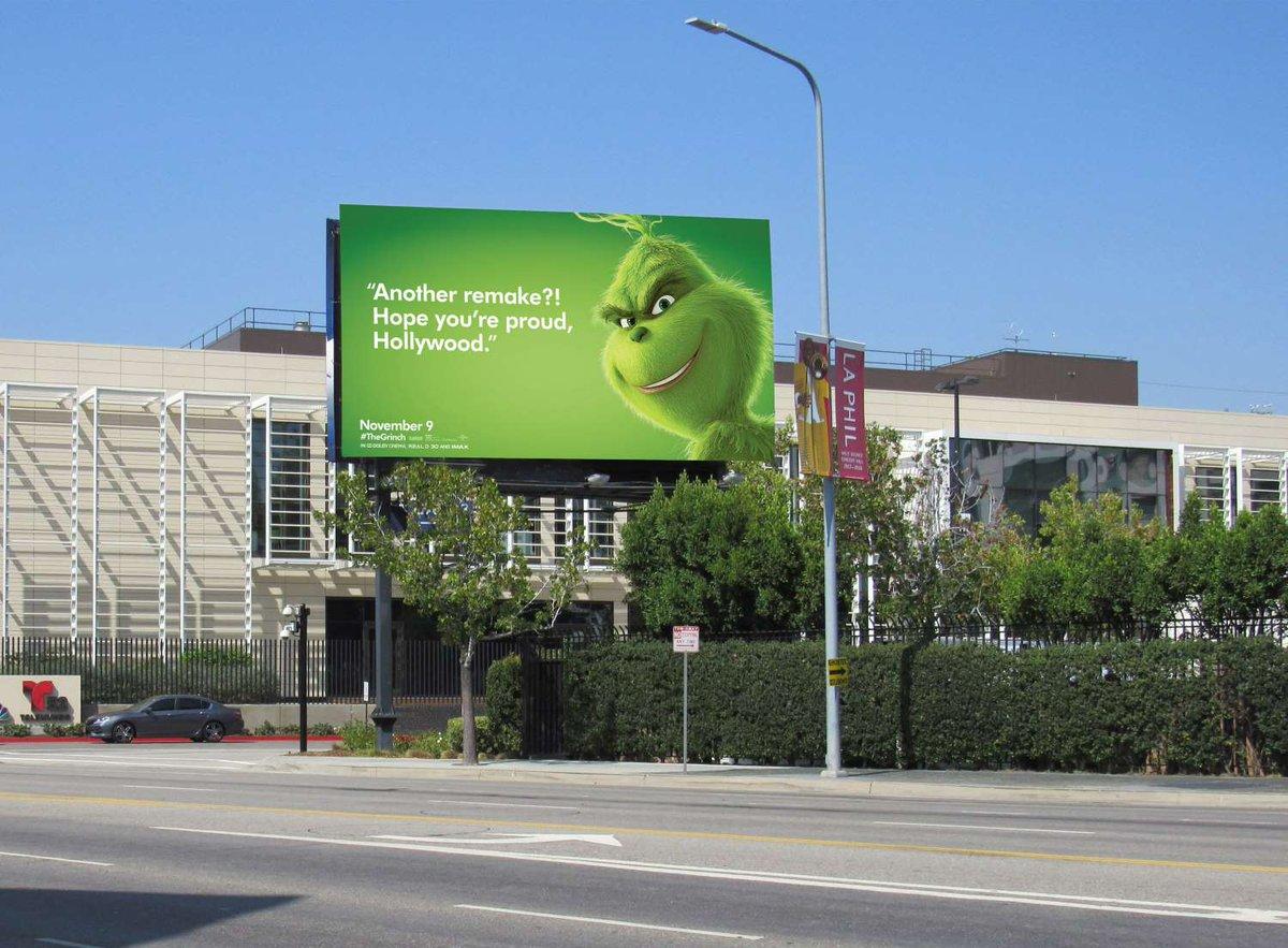 """Une campagne d'affichage géniale et grincheuse hacke le quotidien des américains pour le film """"Le Grinch"""" Par Thomas R.                Campagne-publicitaire-grinch-affichage-3"""