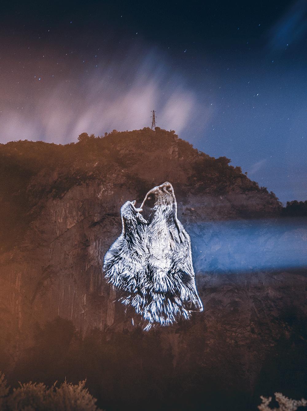 Cet artiste projette des animaux sur des falaises pour sensibiliser à la sauvegarde du monde sauvage ! By Mélanie D.  Julien-nonnon-animaux-lumiere-projection-extinction-12