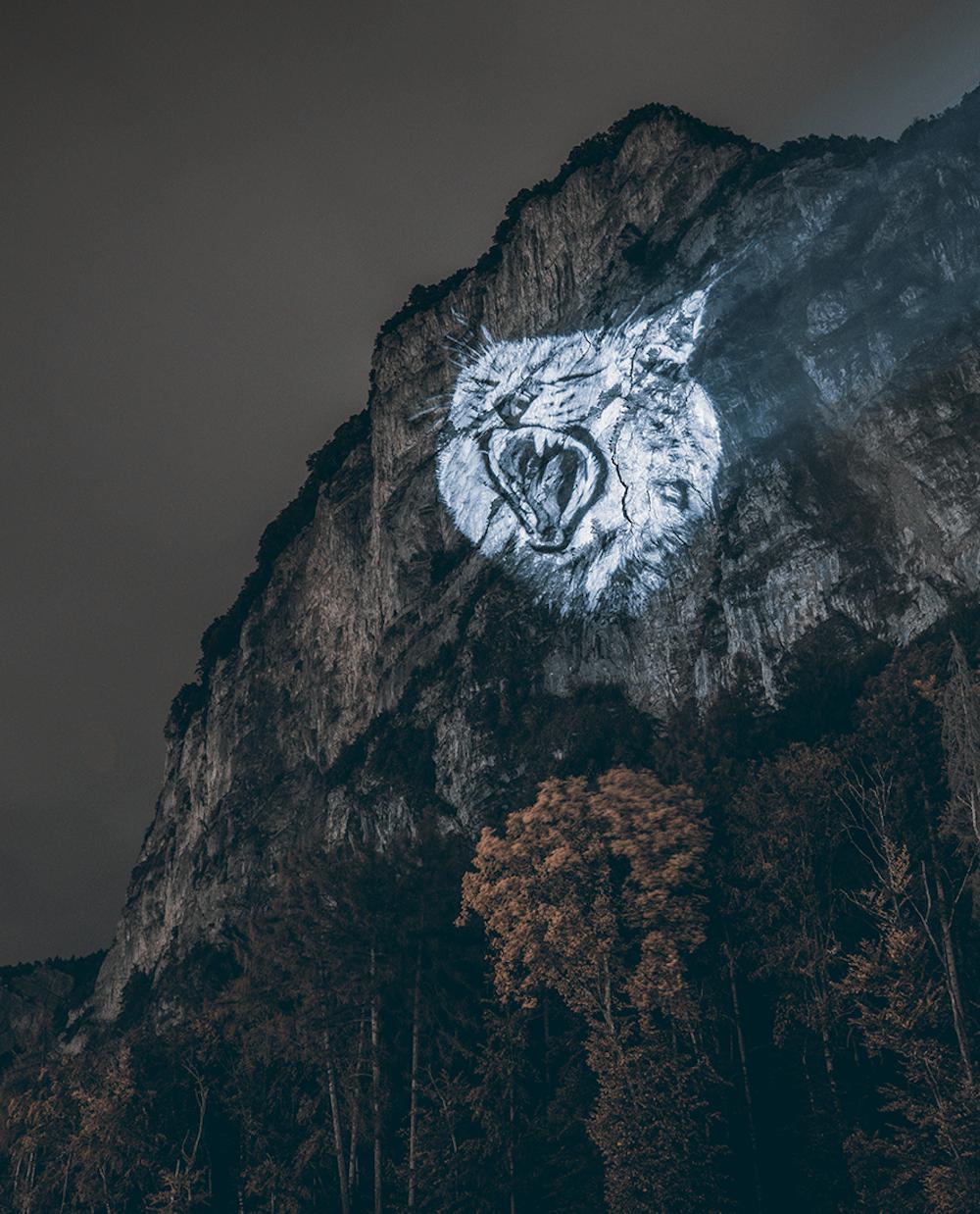 Cet artiste projette des animaux sur des falaises pour sensibiliser à la sauvegarde du monde sauvage ! By Mélanie D.  Julien-nonnon-animaux-lumiere-projection-extinction-13
