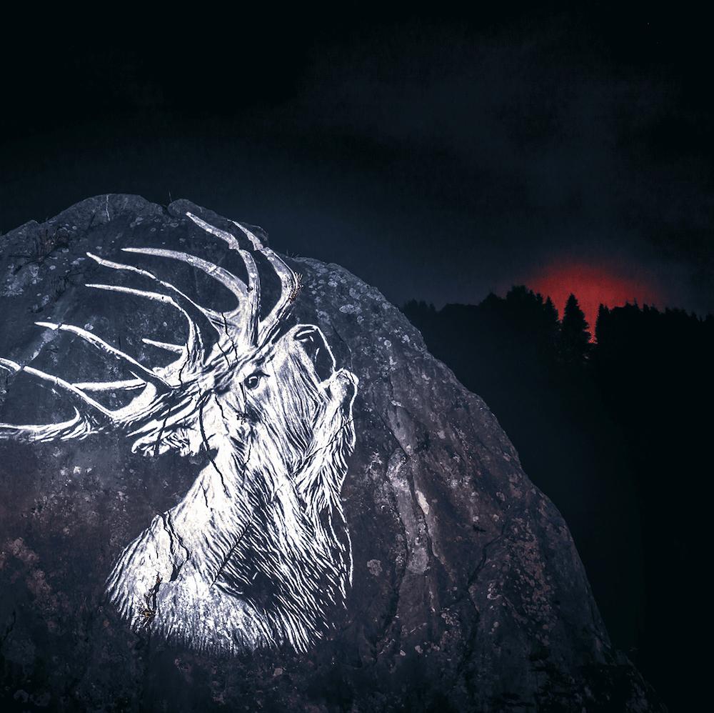Cet artiste projette des animaux sur des falaises pour sensibiliser à la sauvegarde du monde sauvage ! By Mélanie D.  Julien-nonnon-animaux-lumiere-projection-extinction-3