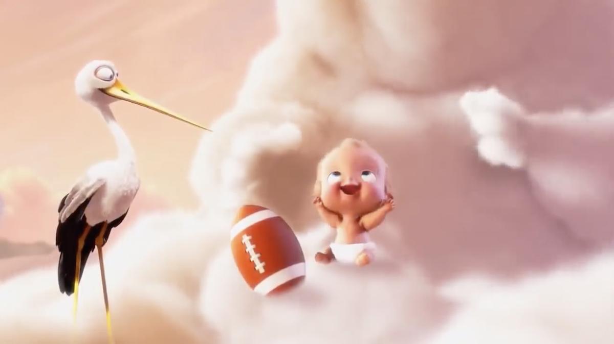 Pixar met en scène des nuages et des cigognes qui apportent la vie sur Terre ! By Mélissa N.   Partly-cloudy-pixar-nuages-cigognes-vie-4