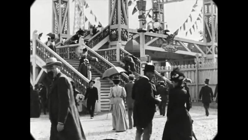 Cet impressionnant film restauré nous fait découvrir le Paris des années 1900 avec une qualité unique ! By  Claire L. Reconstitution-paris-vintage-1890-lumiere-freres-2