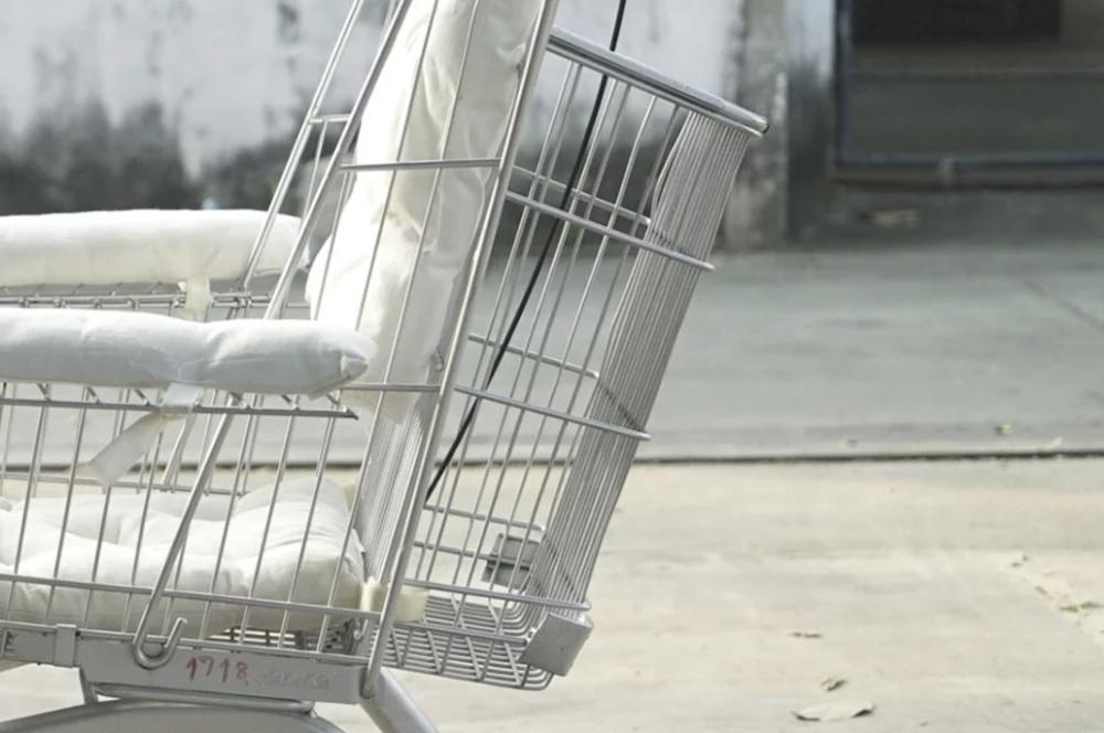 Transforme Fauteuil Roulant Designer Ce De Caddie Supermarché En Un hQxrtBsodC