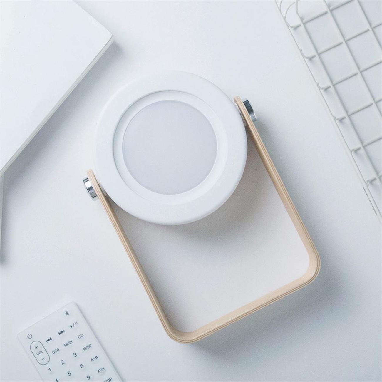 De Minimaliste Lampe Au Cette En Chevet Design Se Transforme ZiukPX