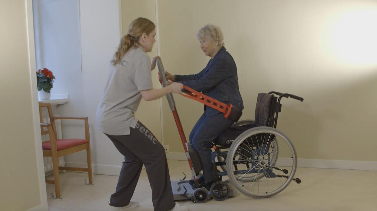 Ce système permet aux personnes à mobilité réduite de se lever plus facilement ! By Claire L. Etac-systeme-mobilite-reduite-lever-2