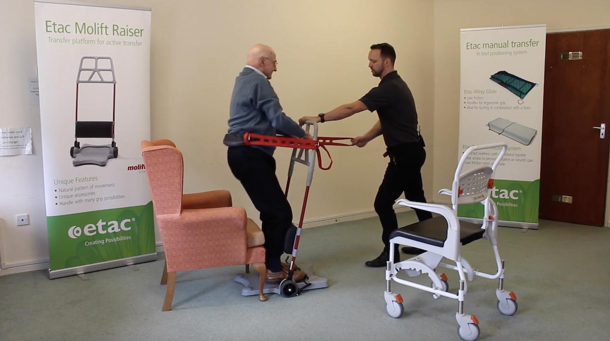 Ce système permet aux personnes à mobilité réduite de se lever plus facilement ! By Claire L. Etac-systeme-mobilite-reduite-lever-4