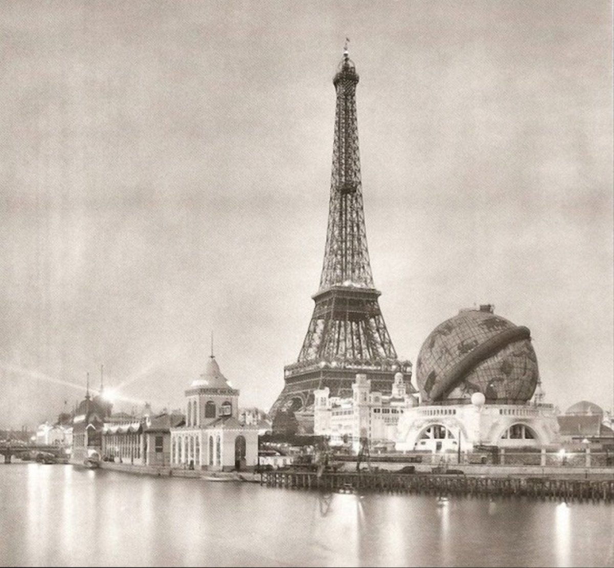 7 photos de Paris prises en 1900 pendant l'Exposition universelle comparées au Paris d'aujourd'hui ! By Mélanie D.  Photos-paris-evolution-1900-3