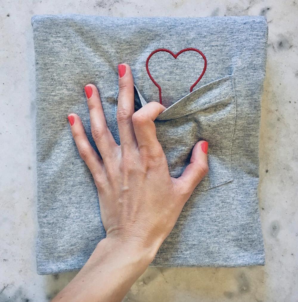 T-Shirt Plan Coeur à poche