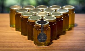 Rolls-Royce produit du miel pendant le confinement