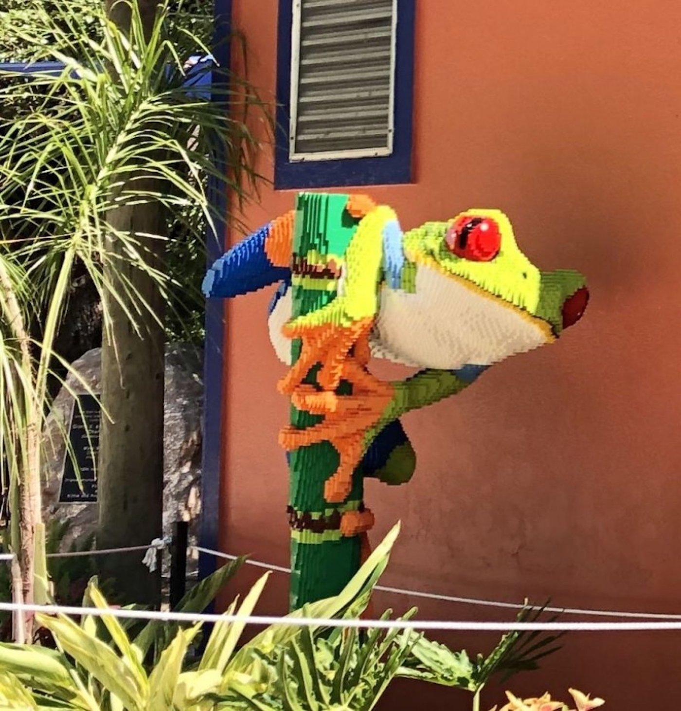 Le zoo de San Antonio dévoile des répliques d'animaux avec des millions de LEGO