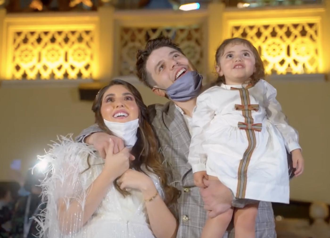 À Dubaï, un couple révèle le sexe de son futur enfant sur la plus grande tour du monde