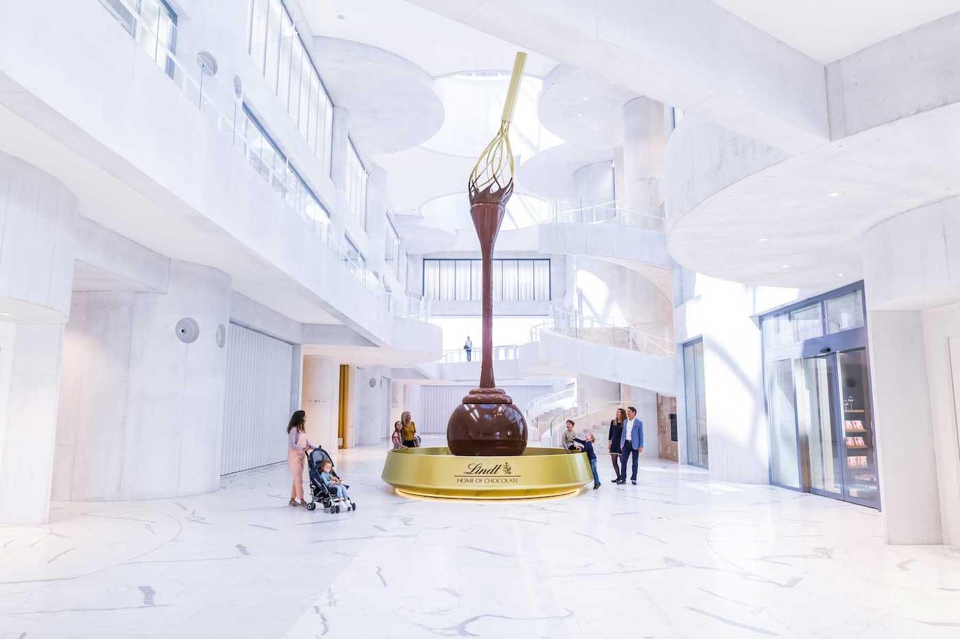 """Lindt ouvre un musée du chocolat aux airs de """"Charlie et la Chocolaterie"""""""