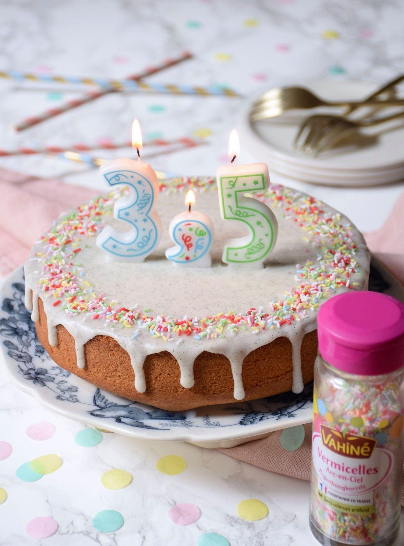 Vahiné crée une bougie virgule pour fêter les demi-anniversaires