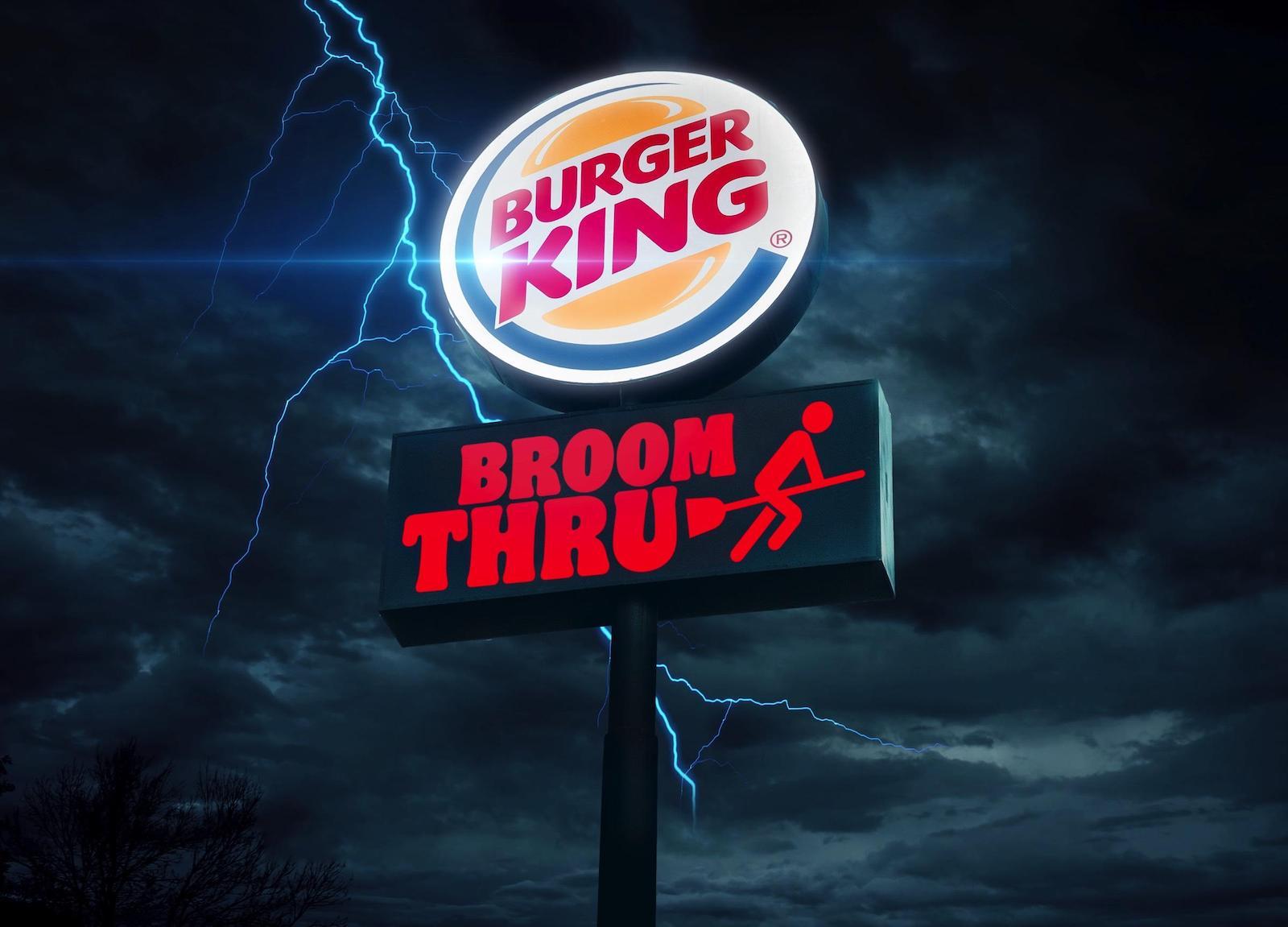 Pour Halloween, Burger King offre un Whopper aux clients qui viennent au drive sur un balais