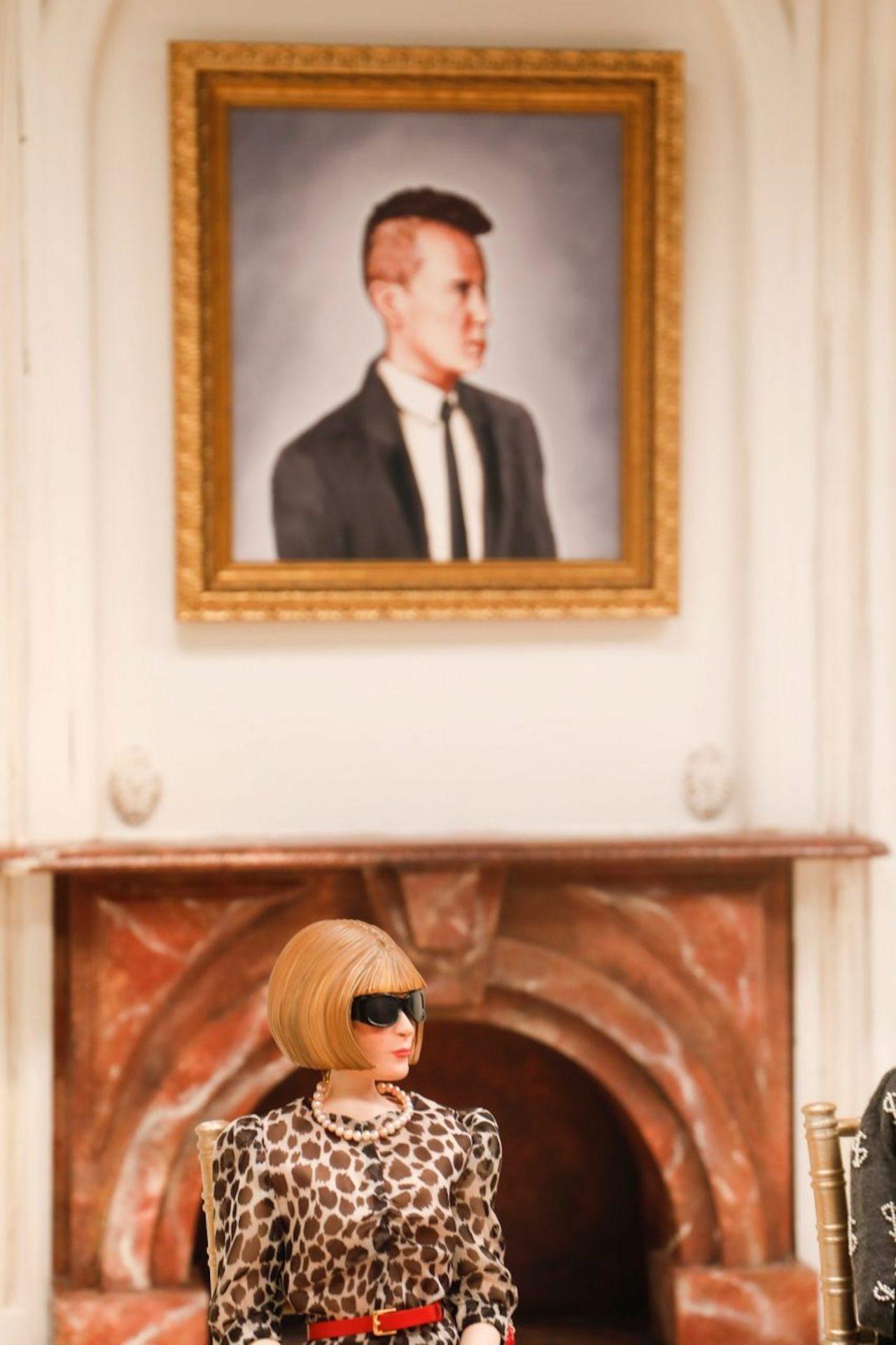 Covid-19 : Moschino dévoile sa collection printemps-été 2021 avec des poupées