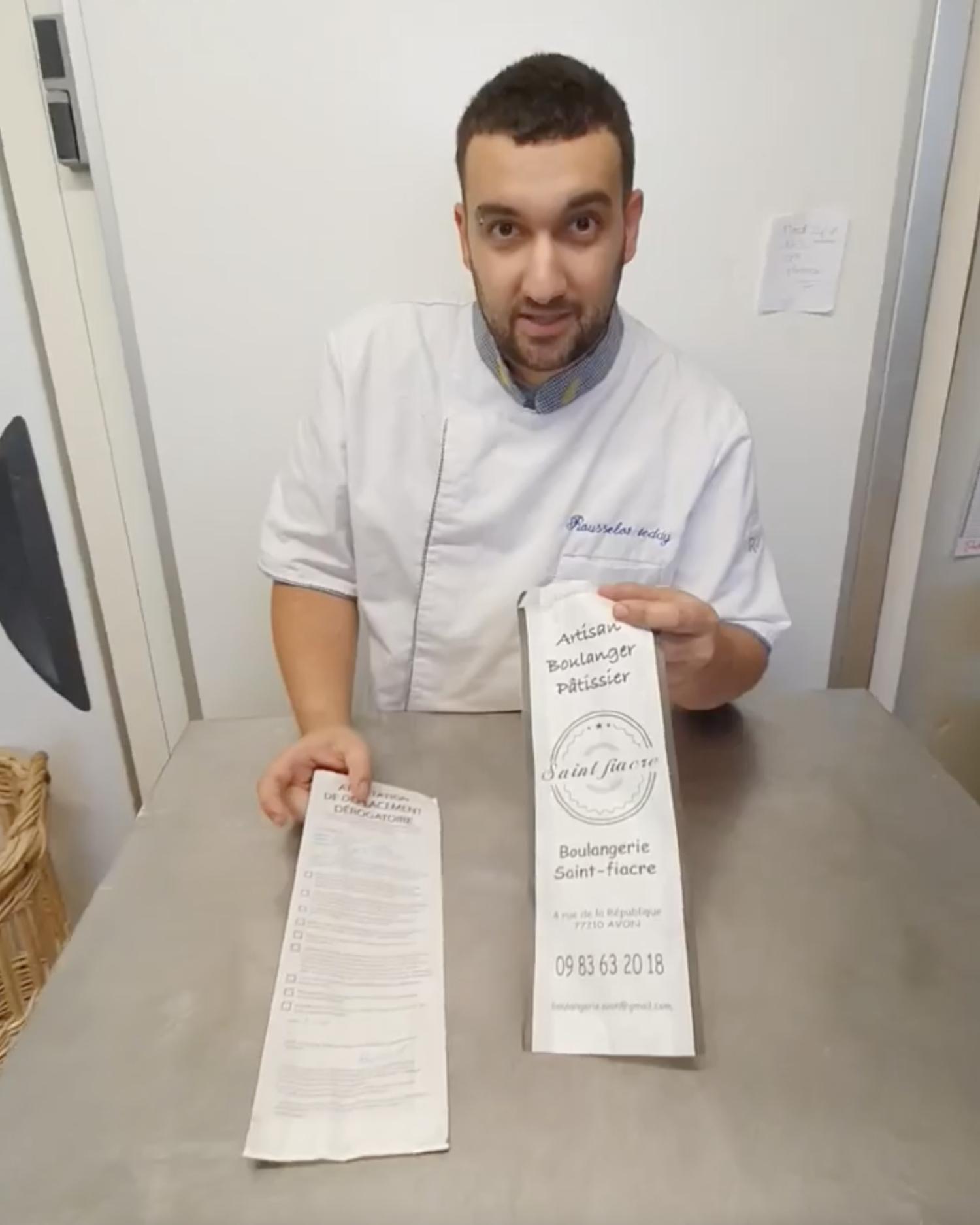Ce boulanger imprime l'attestation de déplacement sur ses sacs à baguette
