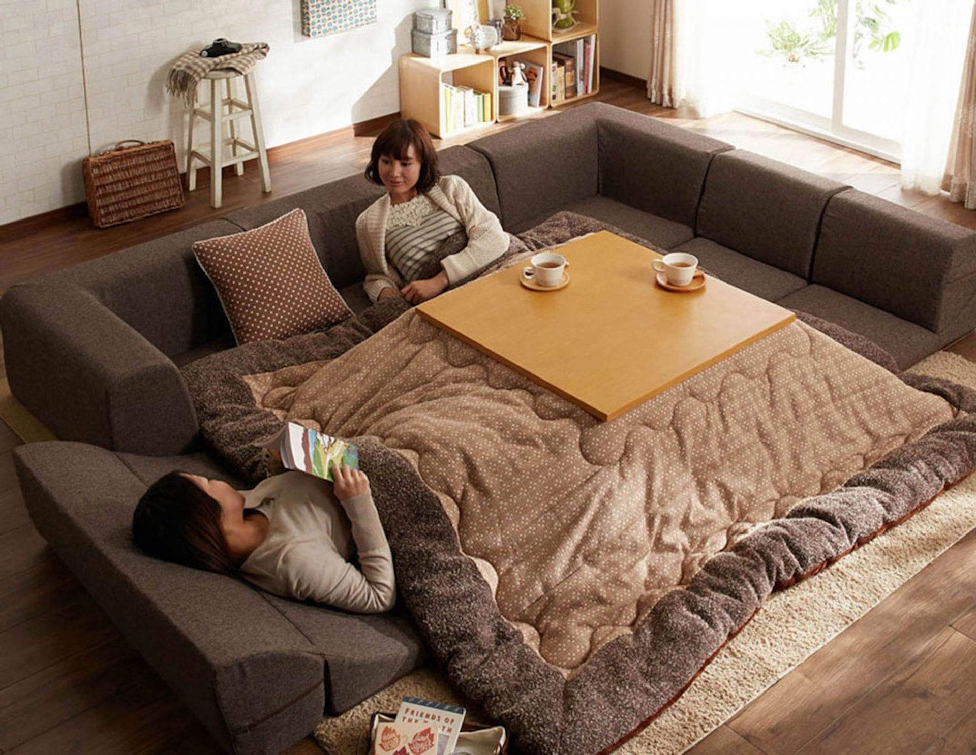 Un kotatsu géant pour réchauffer toute la famille cet hiver