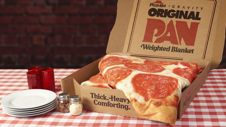Pizza Hut commercialise une couverture lestée pour les amoureux de pizzas