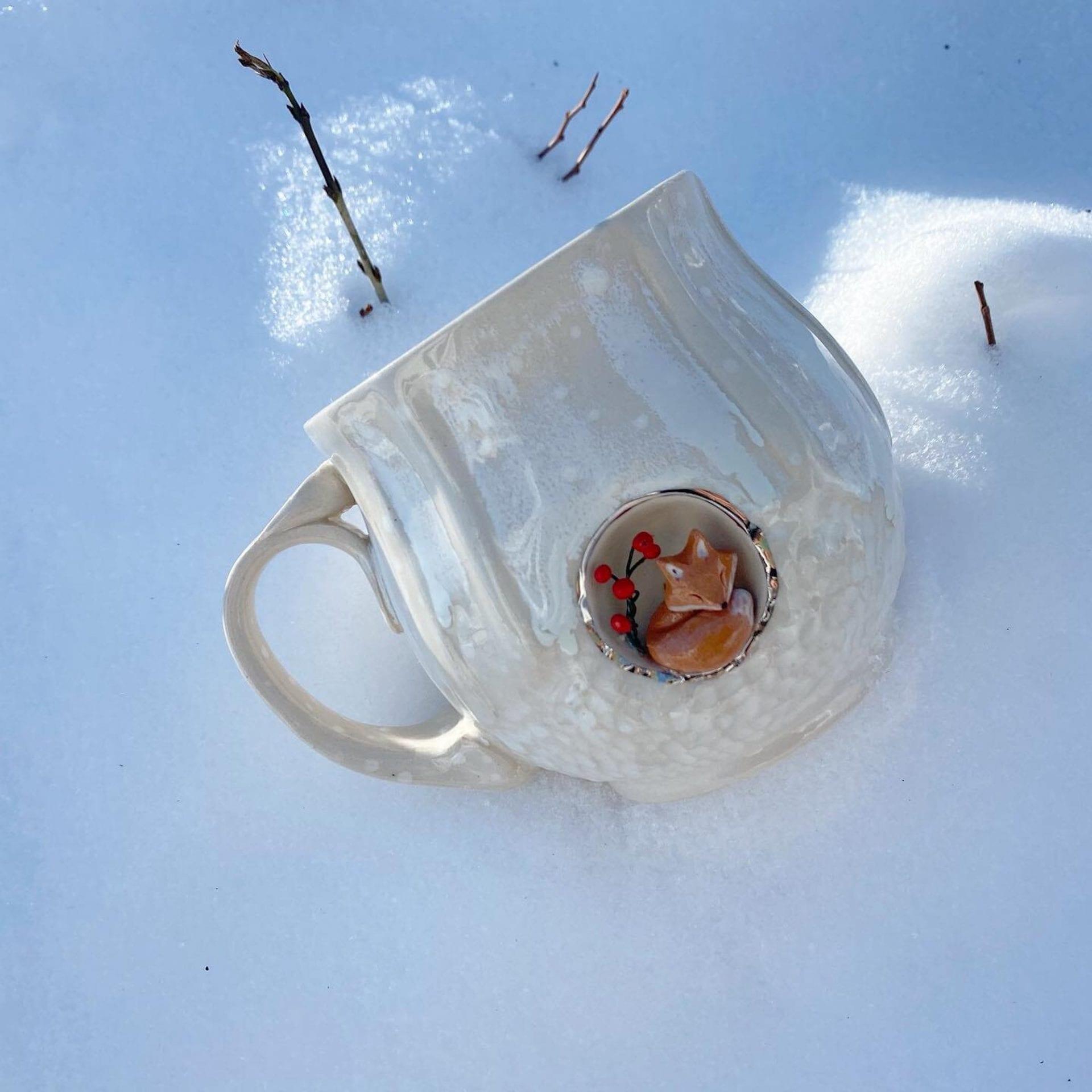 Les tasses d'AP Curiosities dévoilent des médaillons dans lesquels s'abritent des animaux