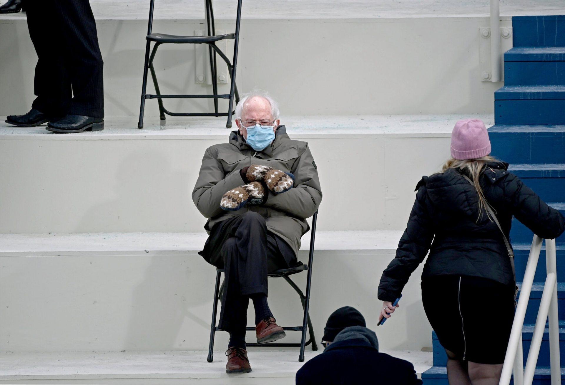 La photo originale de Bernie Sanders en mouffle