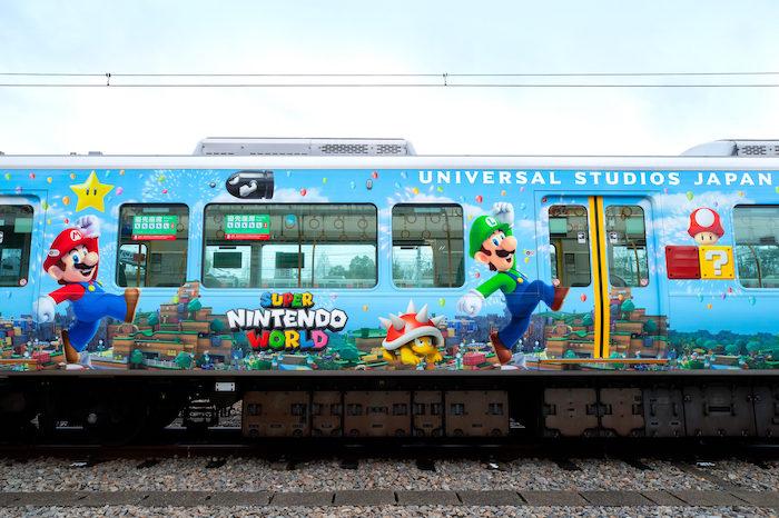Au Japon, Nintendo habille un train entier pour la promo du Super Nintendo World