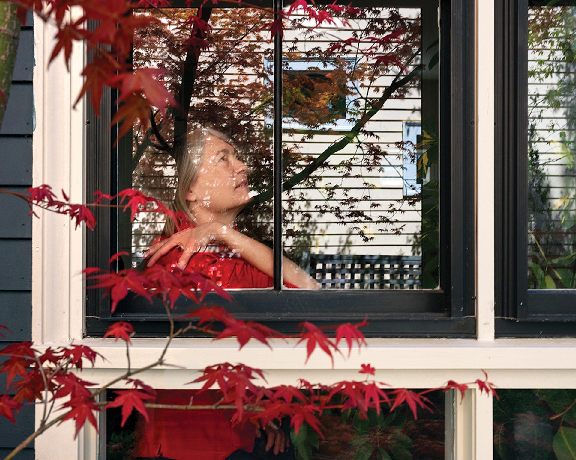 Across Windows : la photographe Rania Matar adapte ses portraits à la pandémie