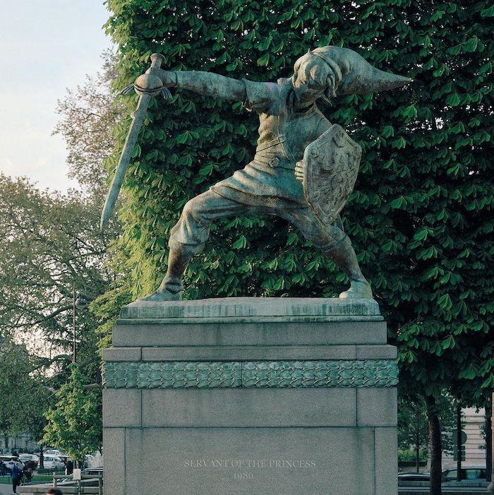 Paris : le photographe Benoit Lapray transforme les statues en personnages célèbres ! Par Maxime Delmas 124040872_3492674140853588_6345542105252796148_n