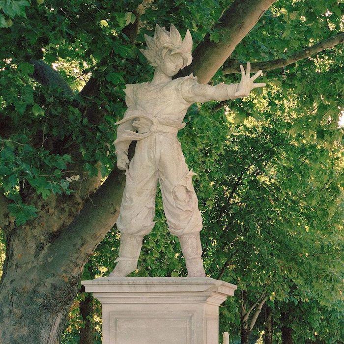 Paris : le photographe Benoit Lapray transforme les statues en personnages célèbres ! Par Maxime Delmas 149390847_1093113034496113_6539753316704949863_n