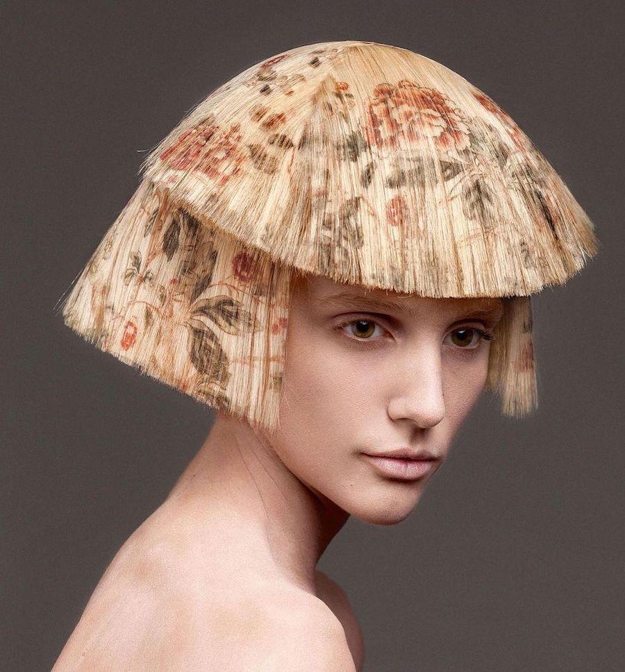 Le styliste Alexis Ferrer a mis au point une technique d'impression sur les cheveux