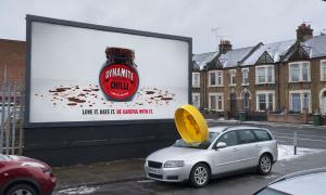 Marmite donne vie à ses pubs pour promouvoir une pâte à tartiner pimentée