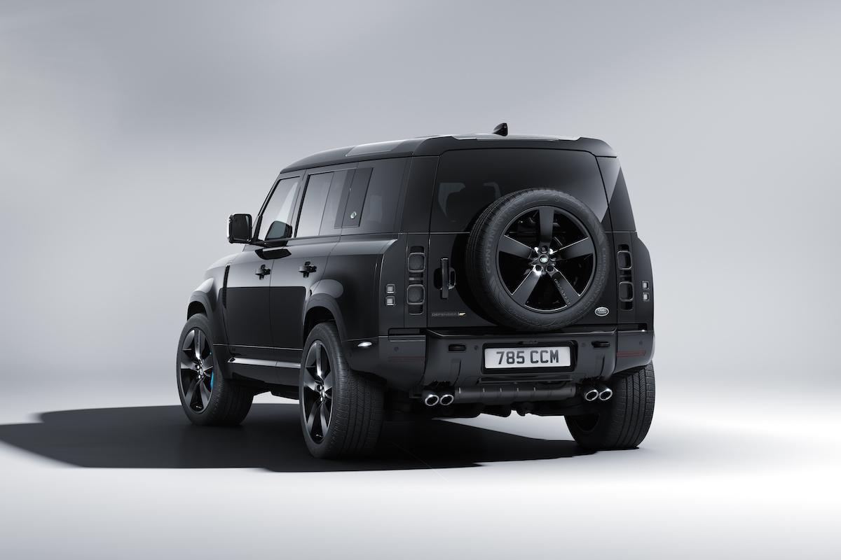 Land Rover sort un Defender édition 007 pour la sortie du dernier James Bond ! (vidéo) Par Justine Mellado Land-rover-james-bond-007-defender-§