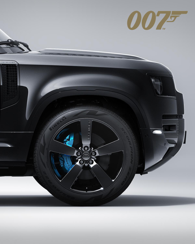 Land Rover sort un Defender édition 007 pour la sortie du dernier James Bond ! (vidéo) Par Justine Mellado Land-rover-james-bond-007-defender-5